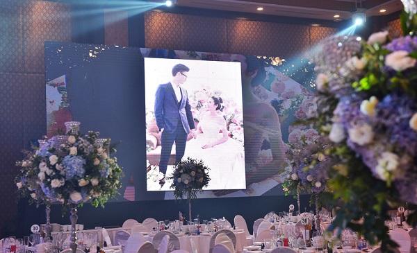 Tiệc cưới sang trọng của á hậu Tú Anh
