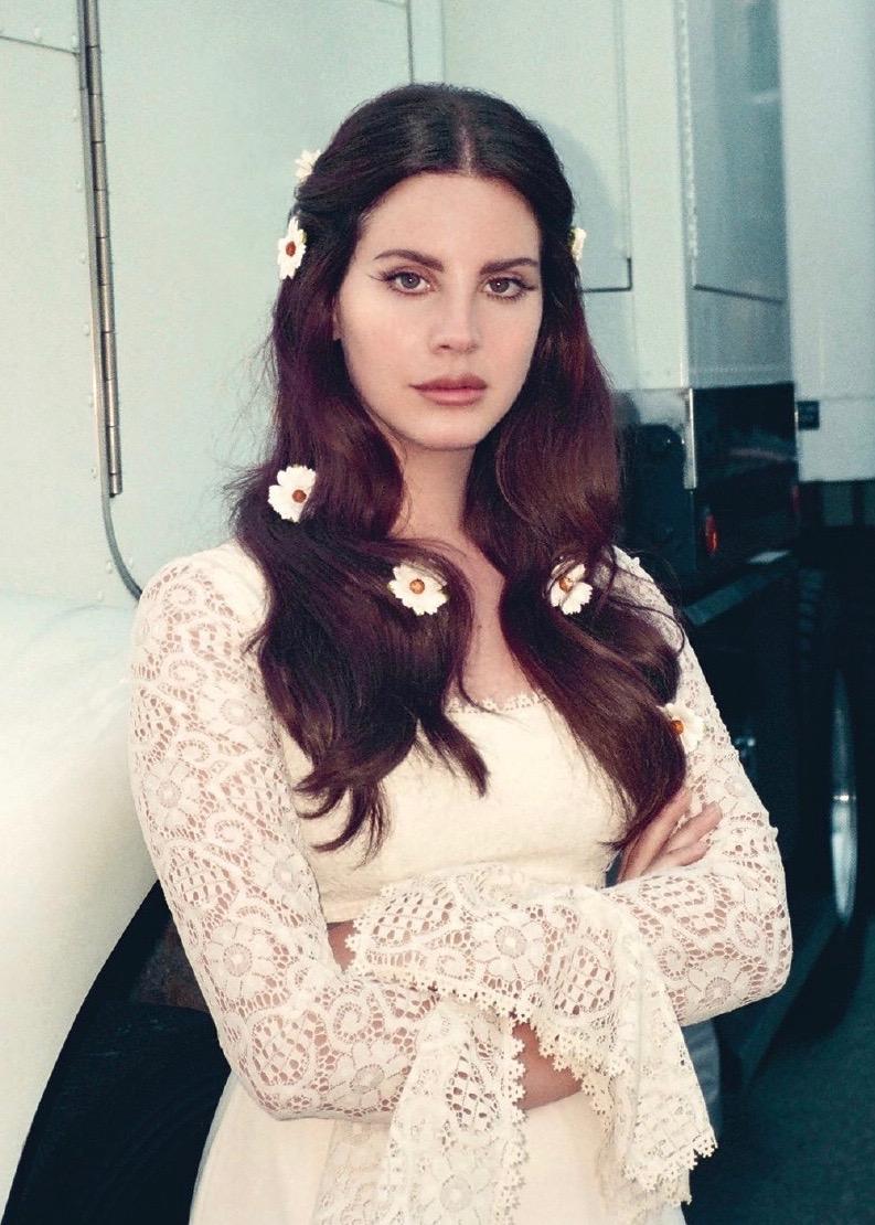 Lana delrey, vẻ đẹp điện ảnh, retro