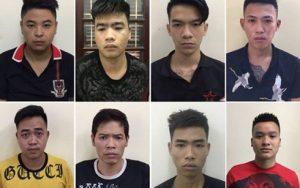 Bắt 100 thanh niên khăn quàng đỏ tại Hà Nội