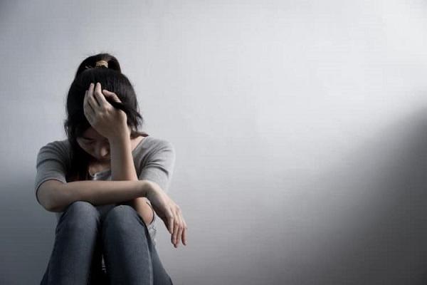 Bệnh trầm cảm khác sự lạnh lùng là gì?