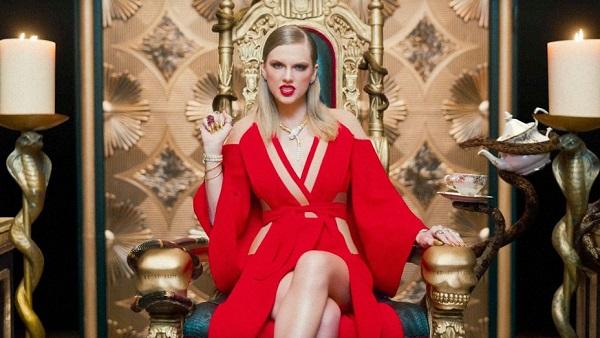 The Year in Pop - Kỷ lục Guinness ghi dấu đủ cả Âu lẫn Á
