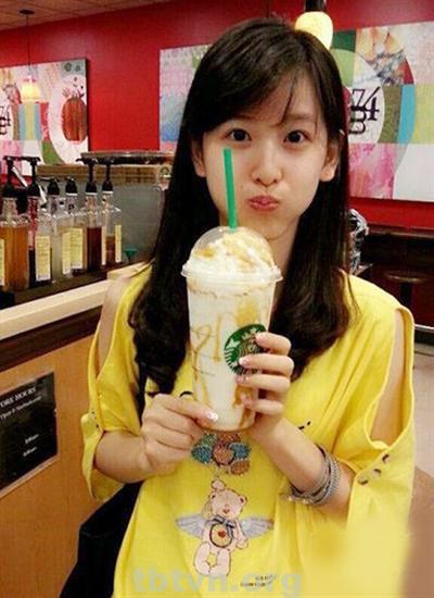cô gái trà sữa